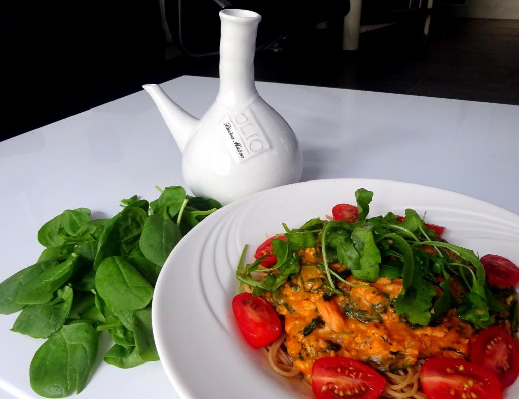 volkoren pasta met zalm en spinazie