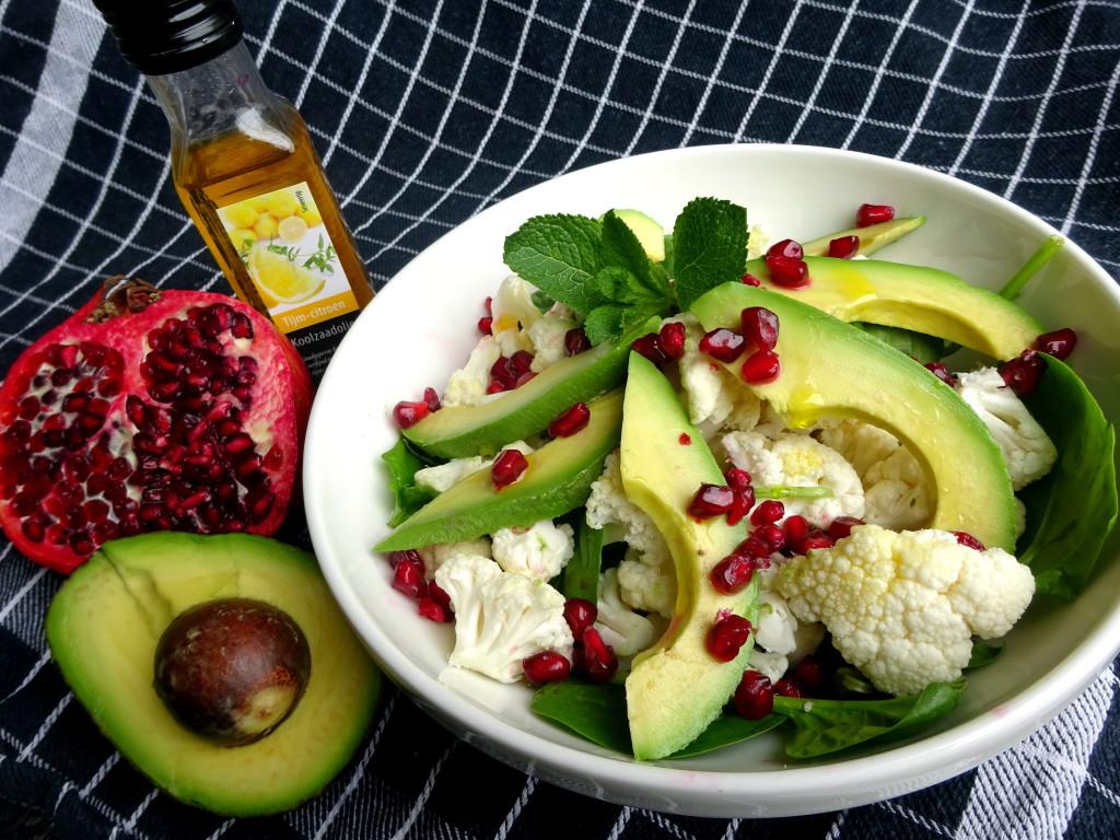 bloemkoolsalade met avocado en granaatappelDSC05219.JPG