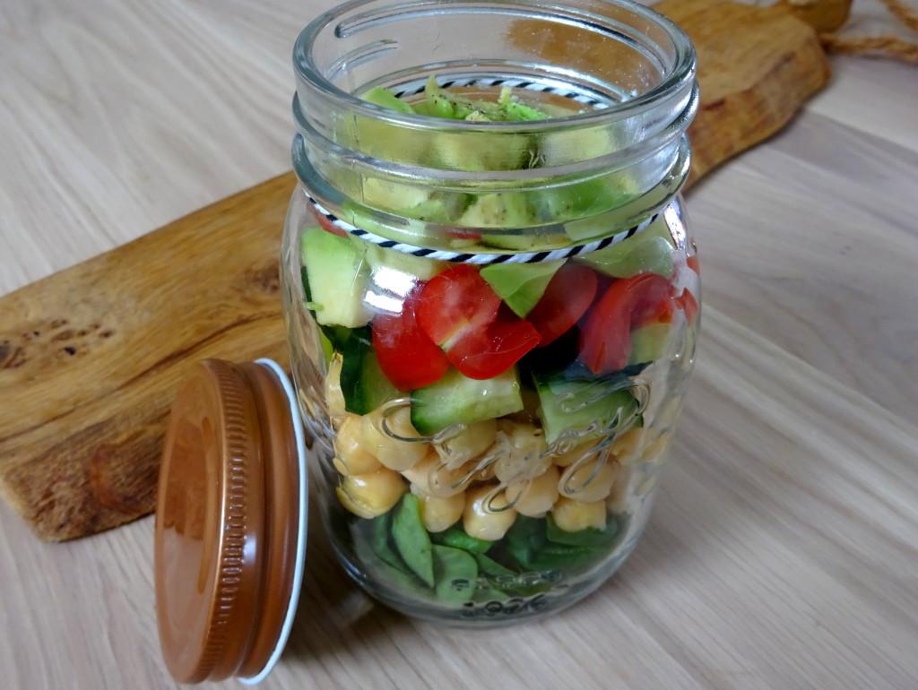 Avocado kikkererwten saladeDSC05664